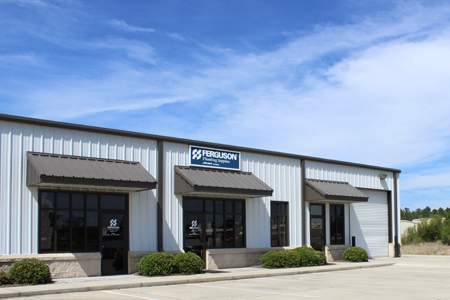 Warehouse Space with Dock in Gulfport